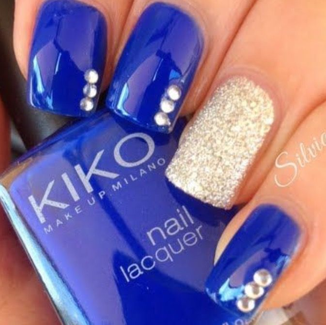 Sweet 16 night under the stars nails royal blue gold short