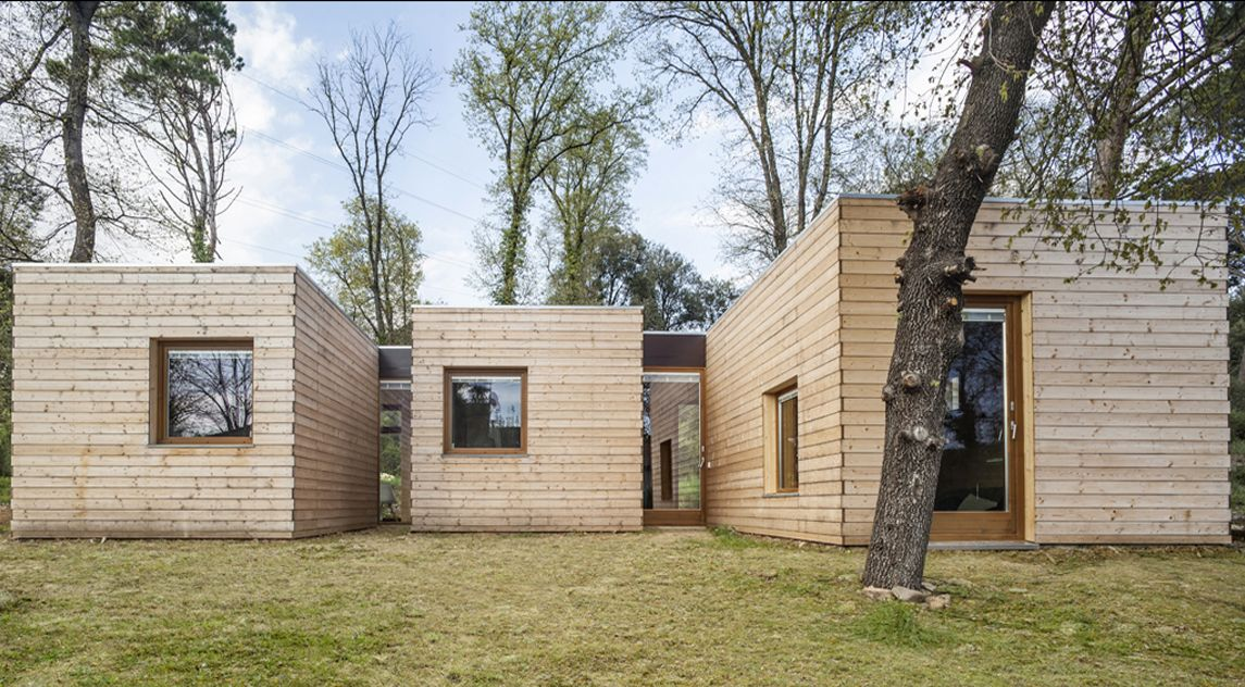 WOODEN BOXES - A customised passive house in the Catalan hills