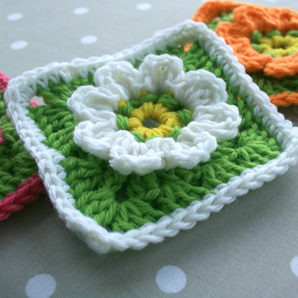 WoolnHook: Floral Granny Square Crochet Pattern