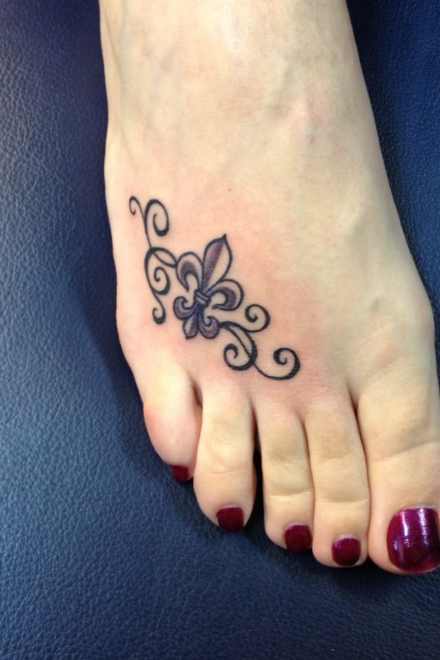 Fleur De Lis Tattoo I Like The Idea Of It On Your Foot