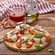 Pizzette con Galbanino, salame e rucola