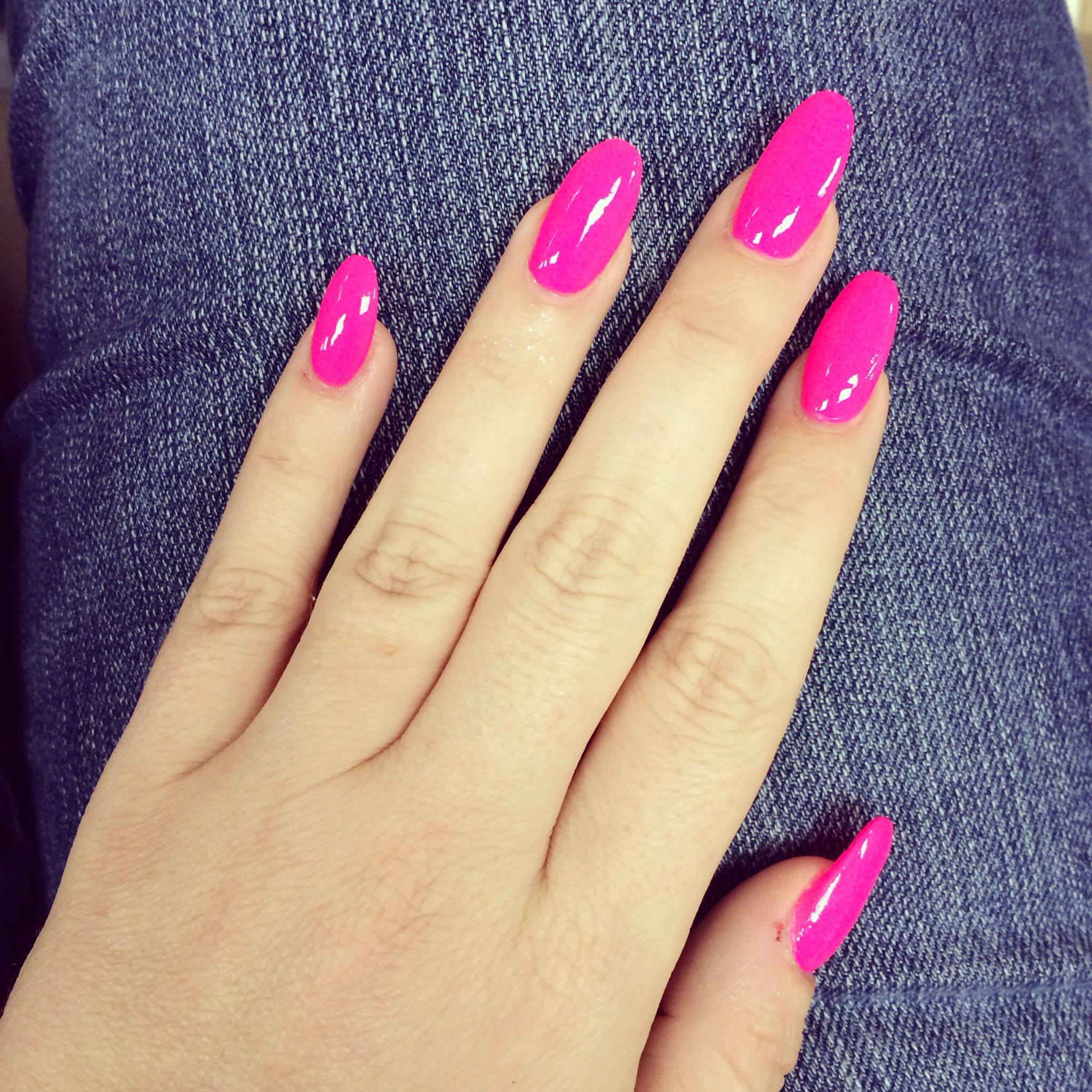 Nail design. Hot pink and pointy for me today ;) | acrylics ...