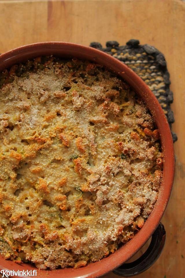 Olen suuri suomalaisen arkiruoan ystävä. Ei aina tarvitse kokata villejä makuja, kyllä sitä voi vaan keittää perunat ja tehdä niille joku kastike.