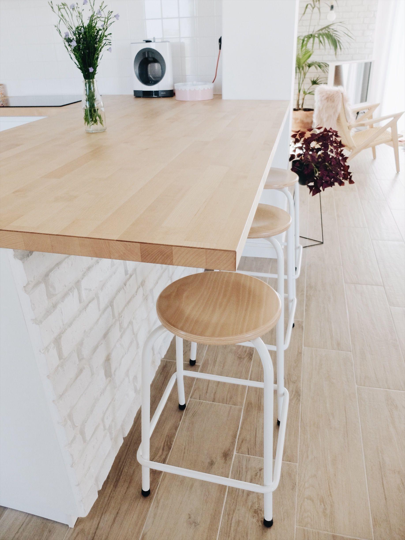 Construction Maison Notre Cuisine Blanche Et Epuree Avis Ikea Ilot Cuisine Ilot De Cuisine Ikea Et Table A Manger Diy