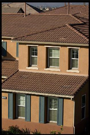Scc 8830 Albuquerque Blend Cityscapes Line Capistrano Not All Colors And Profiles Available In All Re Roof Design Concrete Roof Tiles Mediterranean Homes