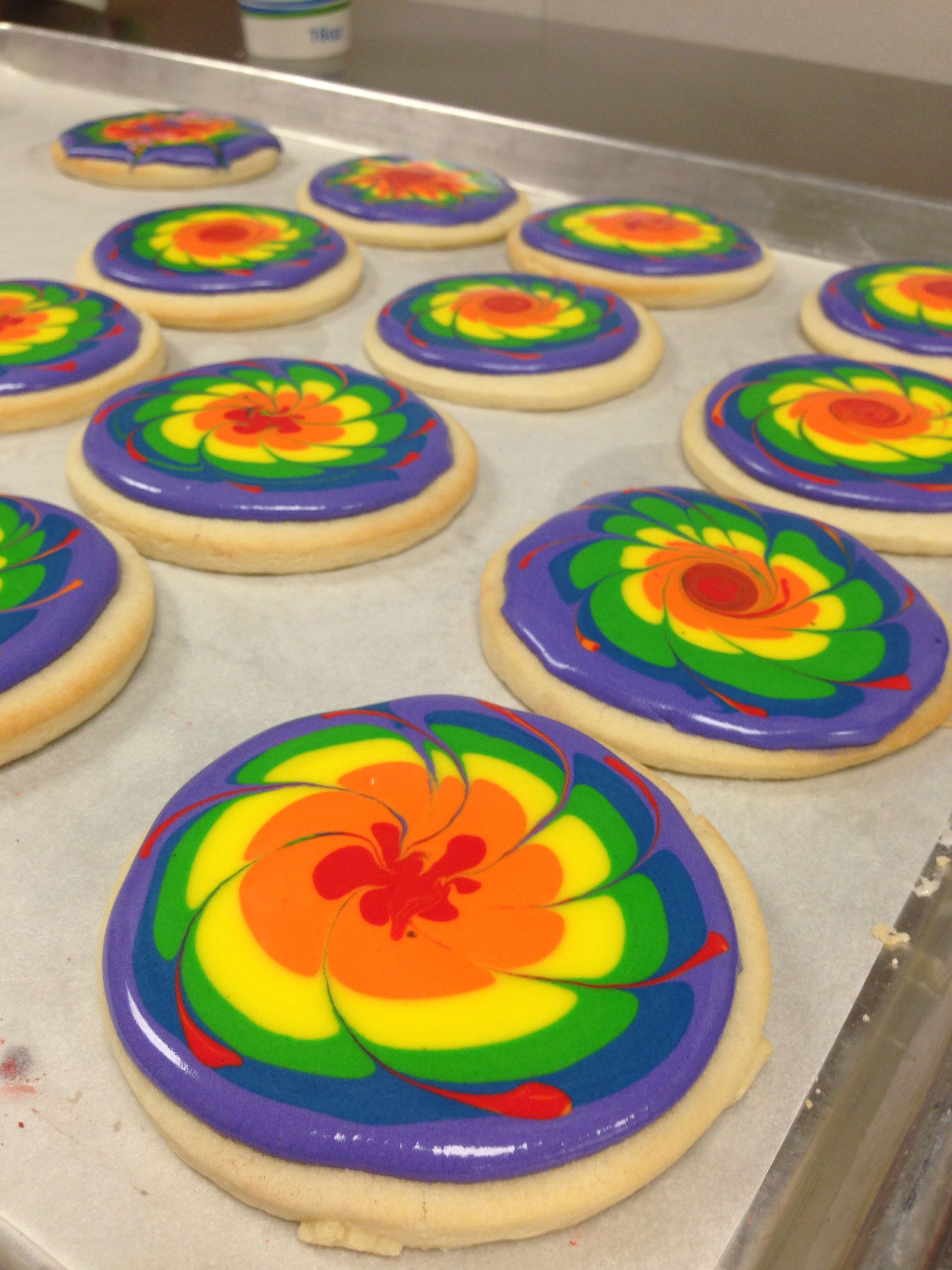 Tie dye cookies | Cookies and cookie decorating in 2019 ...