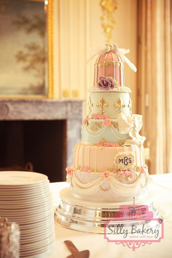 16 Perfect Romantic Vintage Wedding Cakes | Everything About ...