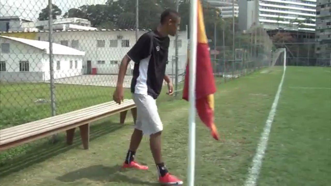 50190b790392d Nike Football Presents  Neymar Jr. s  Cross and Score  Remastered TV ...
