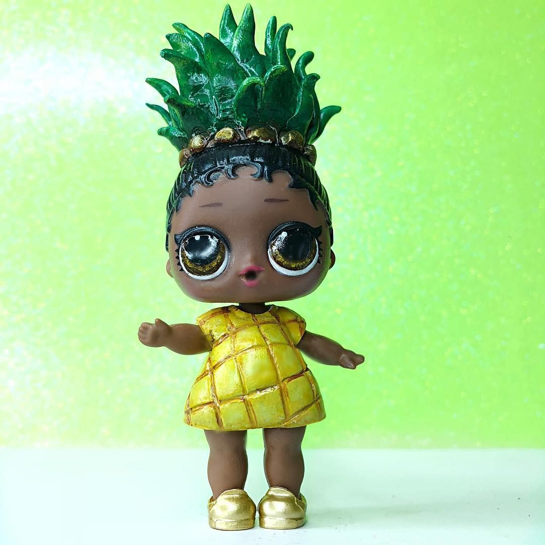 Next In Line In The Forbidden Fruit Club Princess Pineapple She Knows Just How Royalty Is Supposed To Act She Is Tough E Lol Dolls Cute Toys Girls Dollhouse