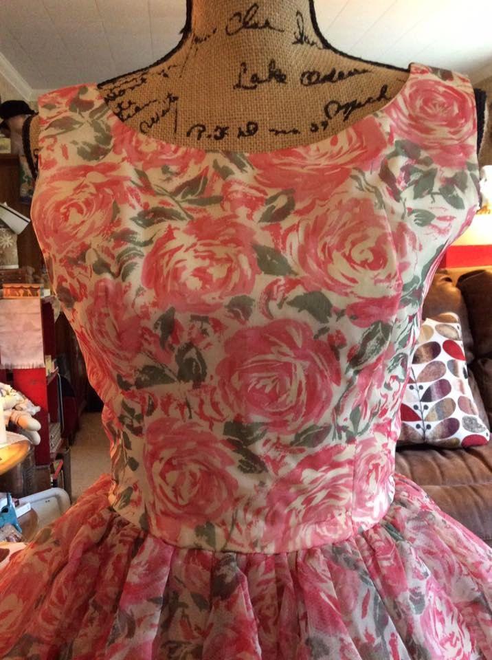 Vintage 1950s Dress Bubble Shape Pink Floral Velvet Bow by TimelessTreasuresVCB on Etsy