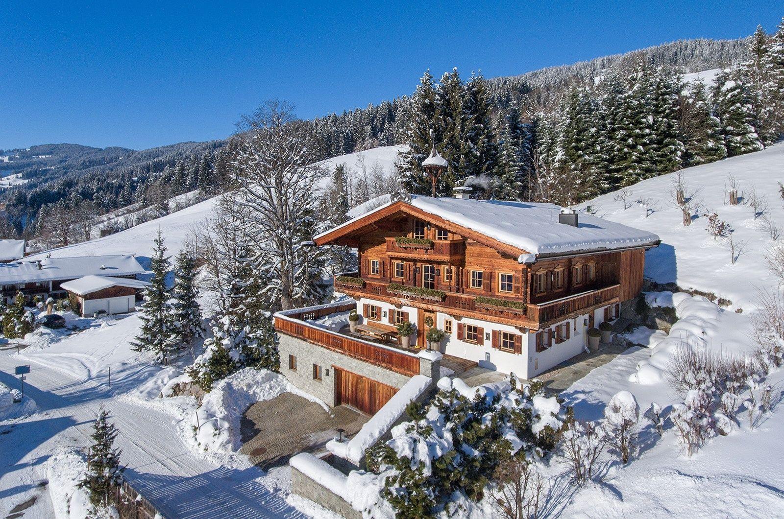 Altehrwürdige Tiroler Tradition behutsam abgetragen und liebevoll wieder aufgebaut