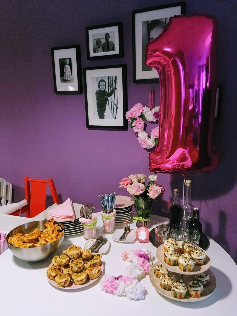 First birthday baby girl, buffet, floral birthday party