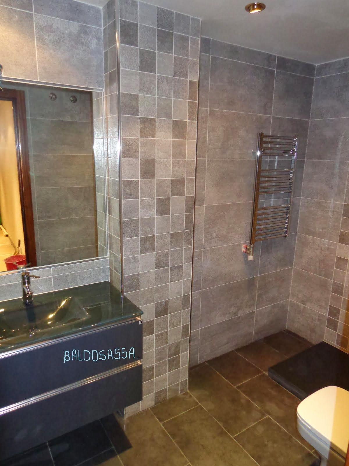 radiador toallero dentro ducha - buscar con google | decoración