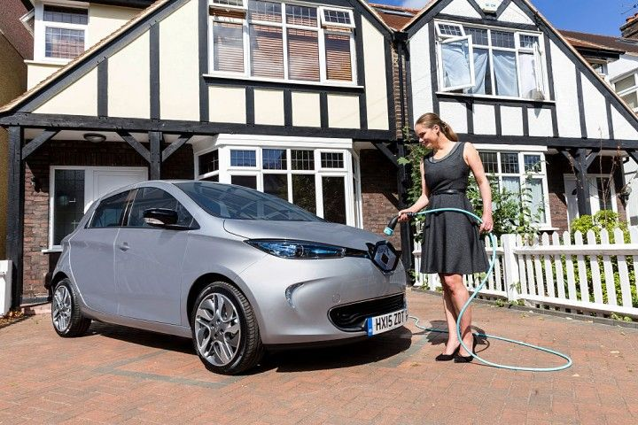 2018 renault zoe. beautiful zoe tesla model 3 should you wait or go for a 2018 nissan leaf chevy to renault zoe