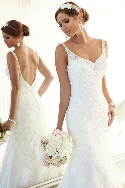 Essense of Australia Wedding Dresses Photos on WeddingWire | Wedding ...