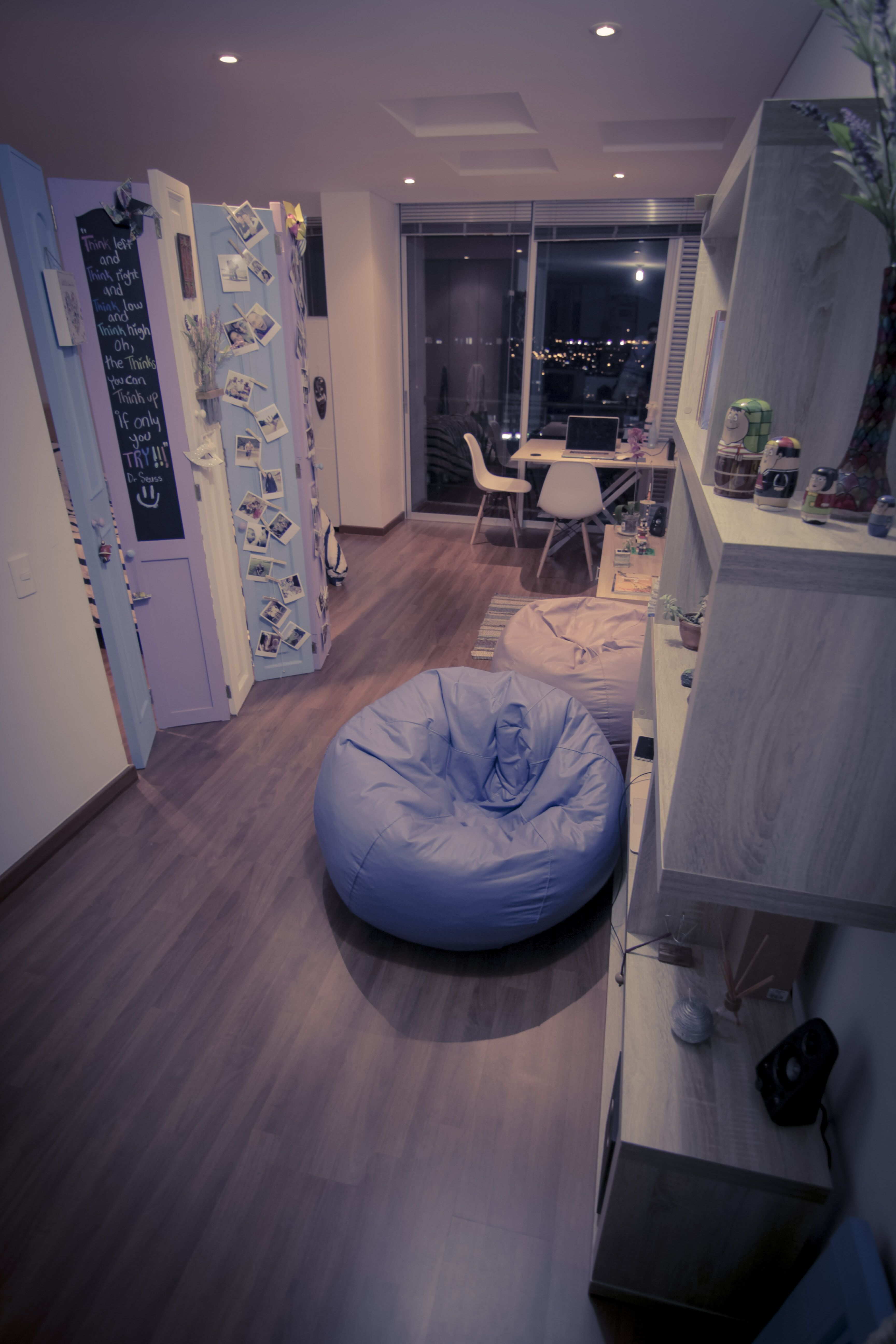 Thats how it looks my diy biombo in my little flat