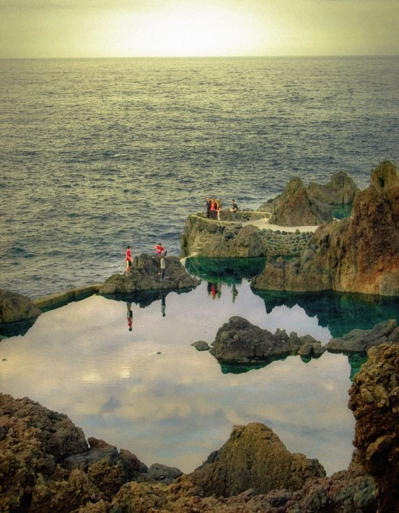 Pin By Jocelyn On Bon Voyage Portugal Travel Travel Around The