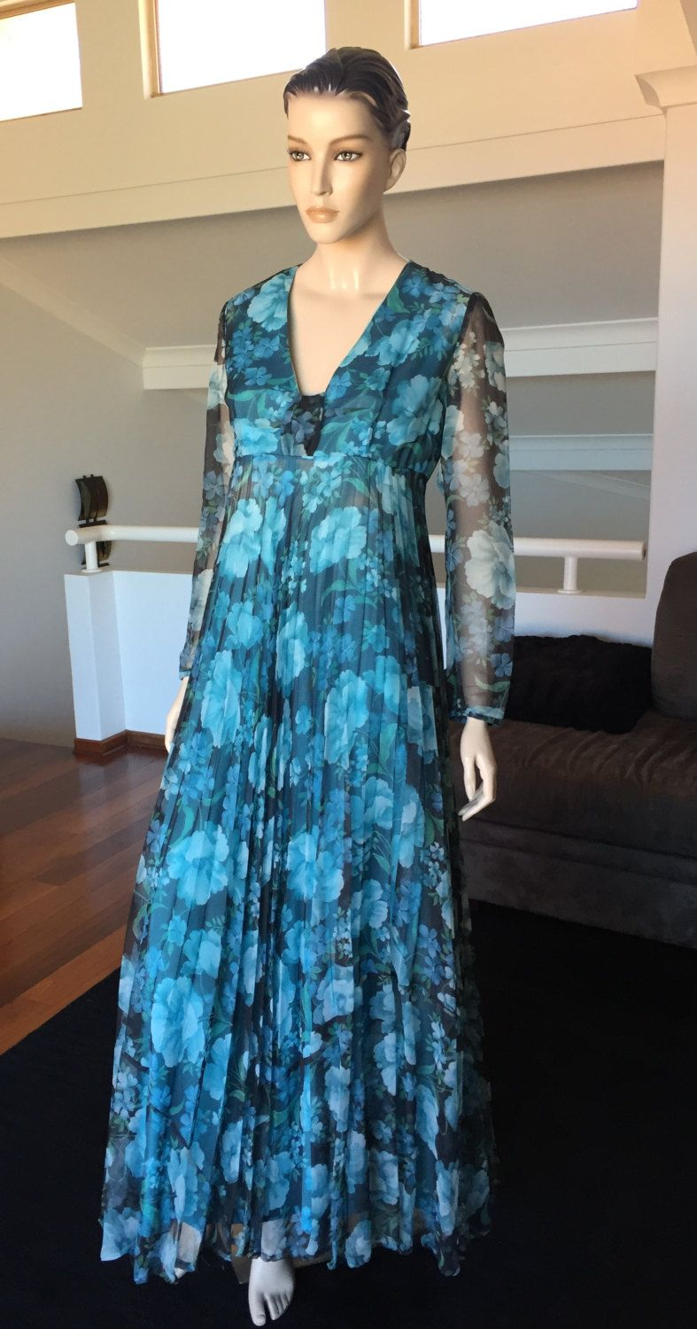 Gorgeous Flowing Floral Patou Evening Dress by PreciousIdentity on ...