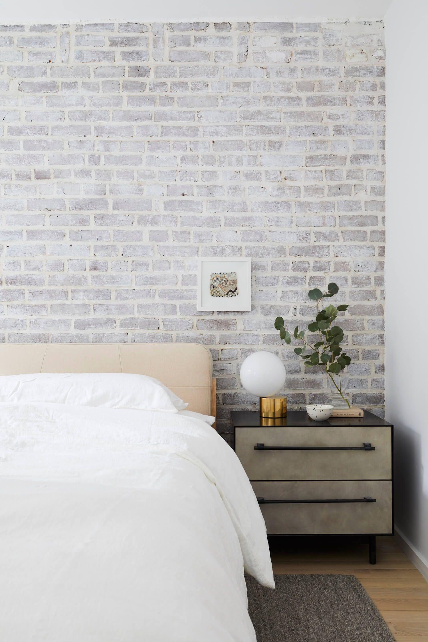 Gramercy Park Apartment by nune Brick bedroom, Home