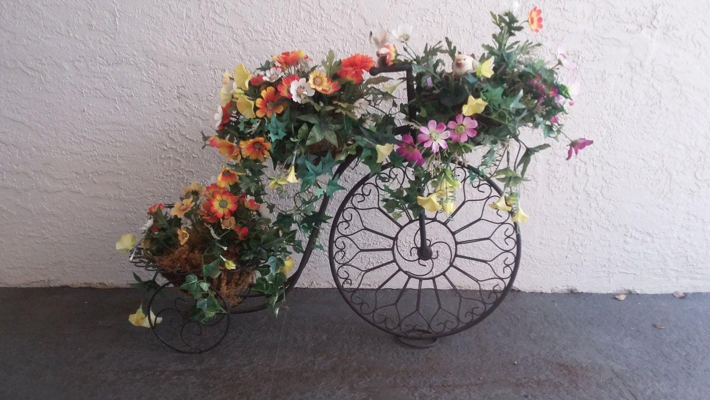 Wrought Iron Bike Planter, Planter Garden Ornaments,Silk Flowers, Bikes, Gardenu2026