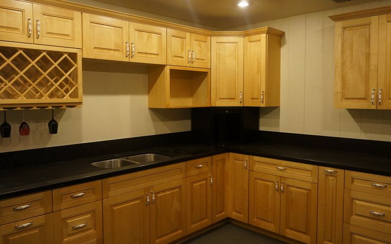 Canadian Maple Ready To Assemble Rta Kitchen Cabinets Rta Kitchen Cabinets Kitchen Cabinets Kitchen
