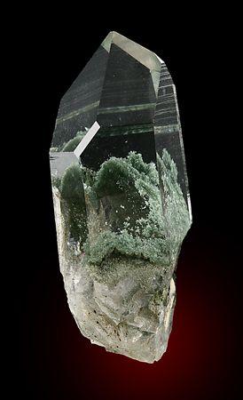 quartz with chlorite inclusions: (www.facebook.com/GRAINE.DE.MARIN)
