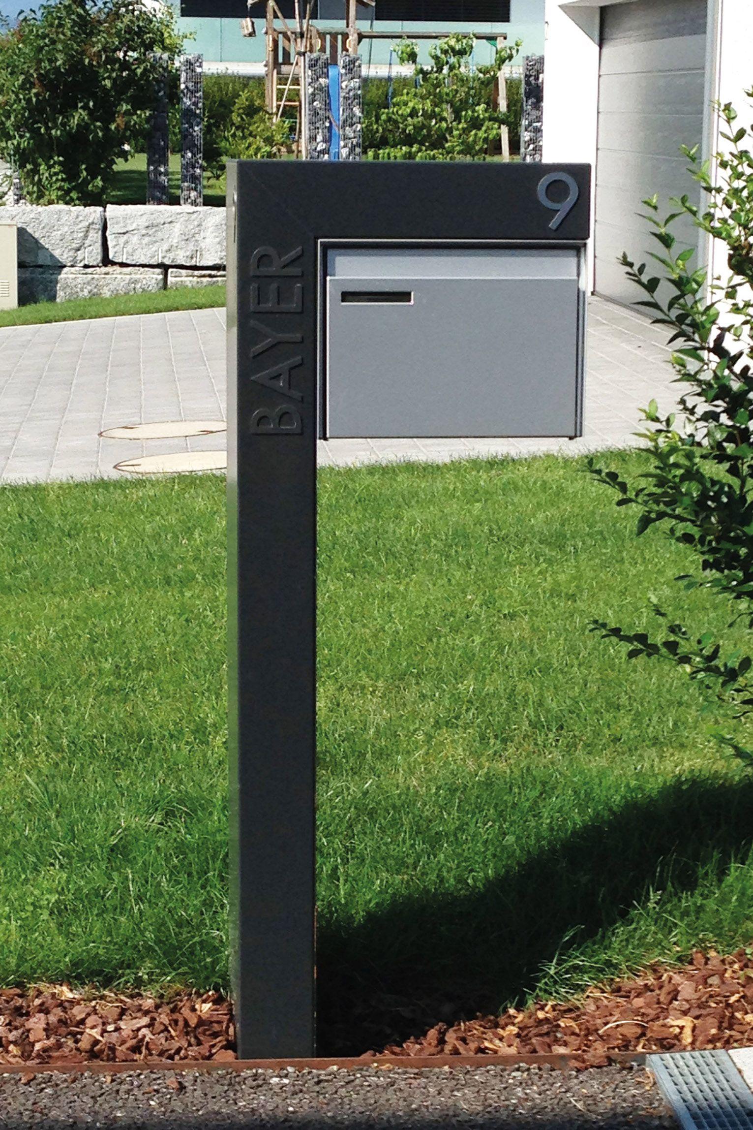 Pin Von Christa Rief Auf Briefkasten Freistehend In 2020 Briefkasten Freistehend Briefkasten Vorgarten Garten