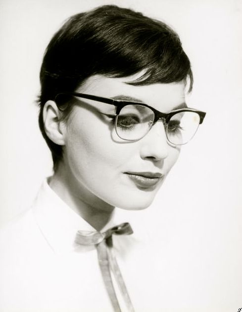 Pixie 1950 S Short Hair A Model Wearing Glasses 1950 Photo By Walter Blum More Lucy Hair Ideas Short Hair Styles Pixie Glasses