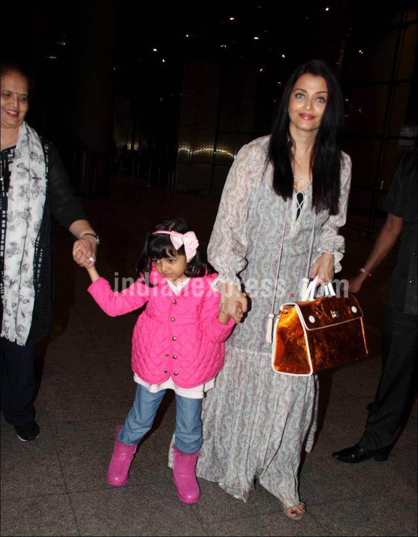 This picture of Aishwarya Rai Bachchan with Jaya Bachchan ...