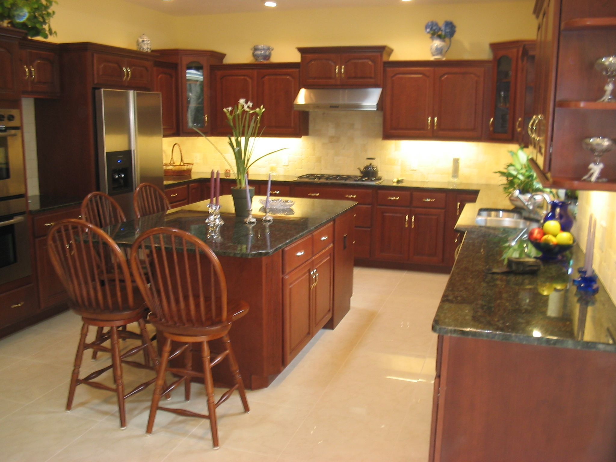 Kitchen Cherry Cabinets Cherry Kitchen Cabinets Cherry Kitchen Has Rutledge Door Upper