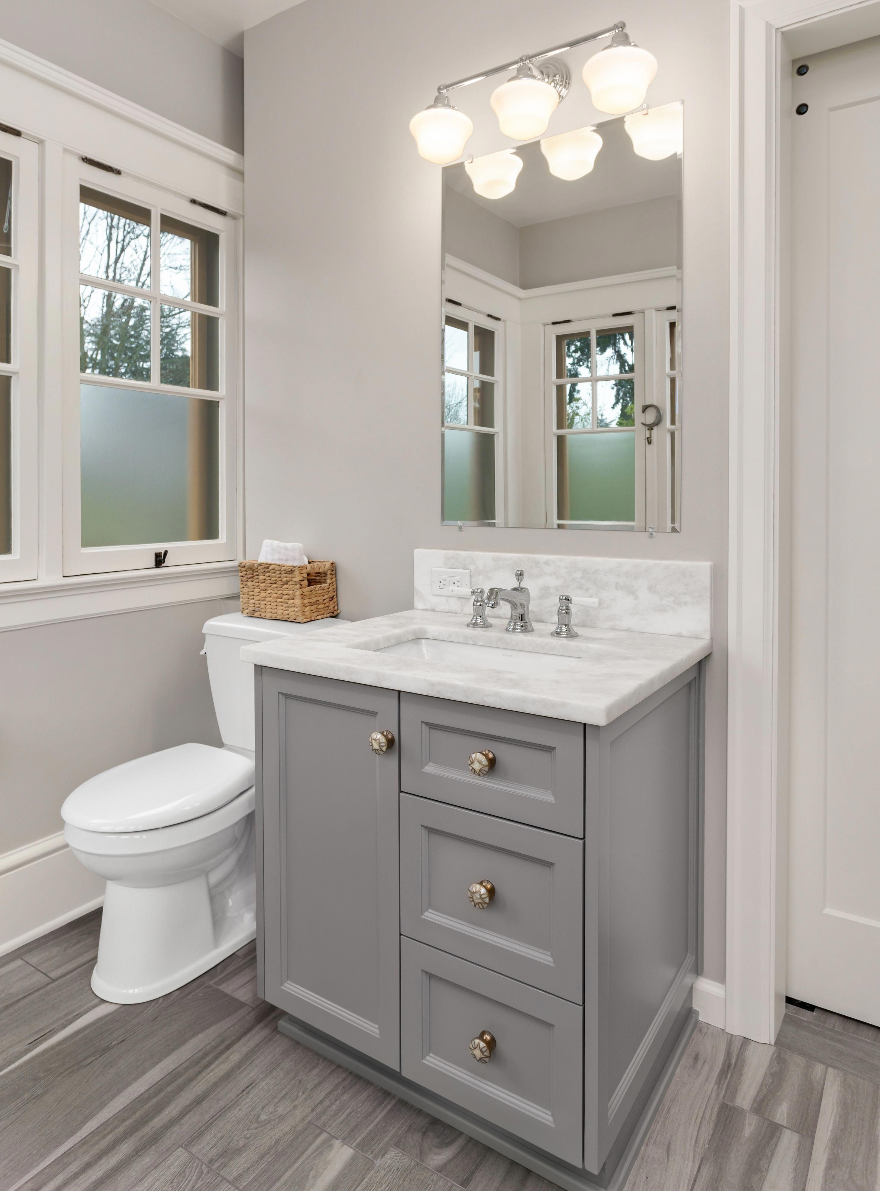 Most Popular Small Bathroom Remodel Ideas on a Bud in 2018 This beautiful look was created with cool colors and a change of layout