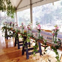 cascading ivy bridal table