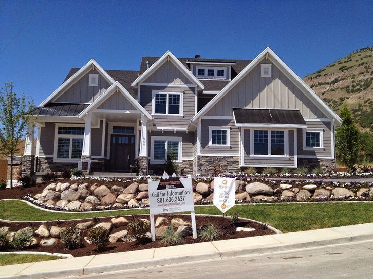 image result for color for exterior home with gray stone accents - Craftsman Home Exterior