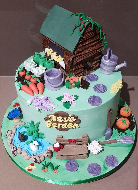Vegetable Garden by Su Cake Artist | Garden cakes ...