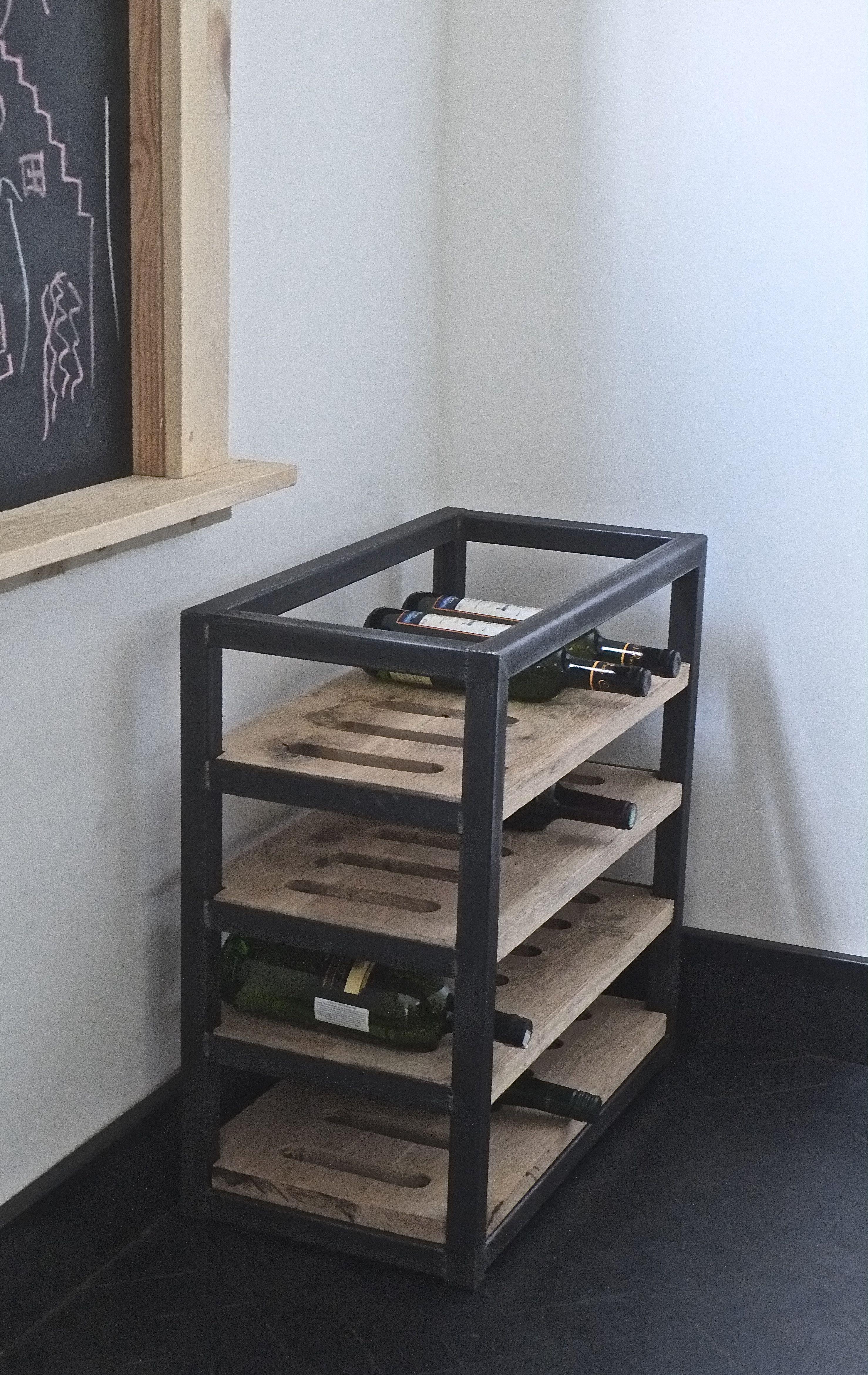 Mijn werk ideas en 2019 muebles industriales muebles for Muebles industriales metal baratos