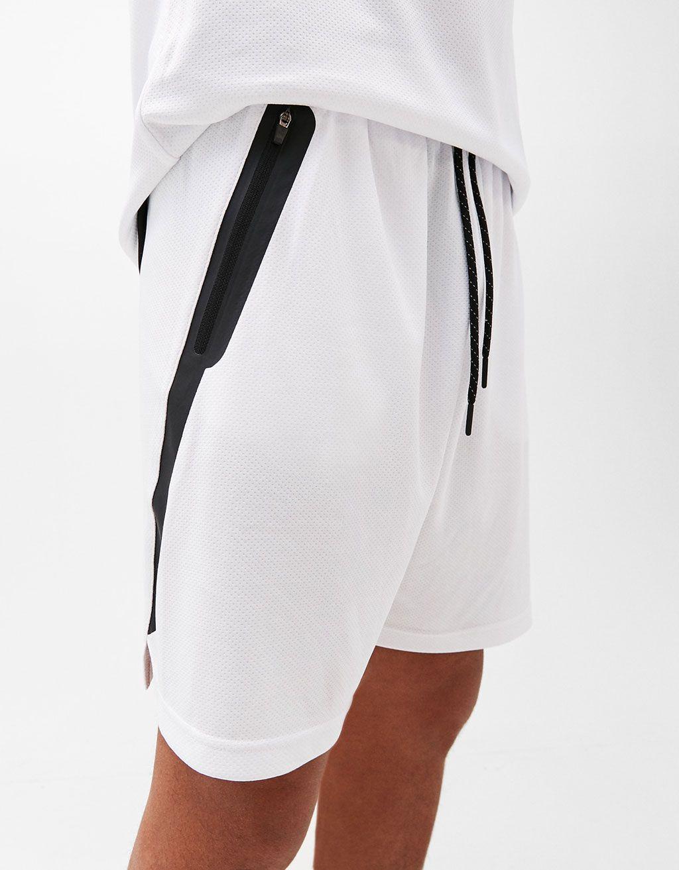 11a25e75e1369d Basketball bermuda shorts with pockets - Shorts - Bershka United States