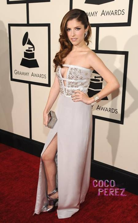 Anna Kendrick Busts Out Her Best At The Grammys! Read  BOOBS ... d0d7ee3c9431