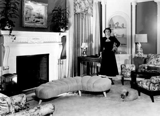 Joan Crawford At Home In Los Angeles C 1949 Hollywood Decor Joan Crawford Hollywood Homes