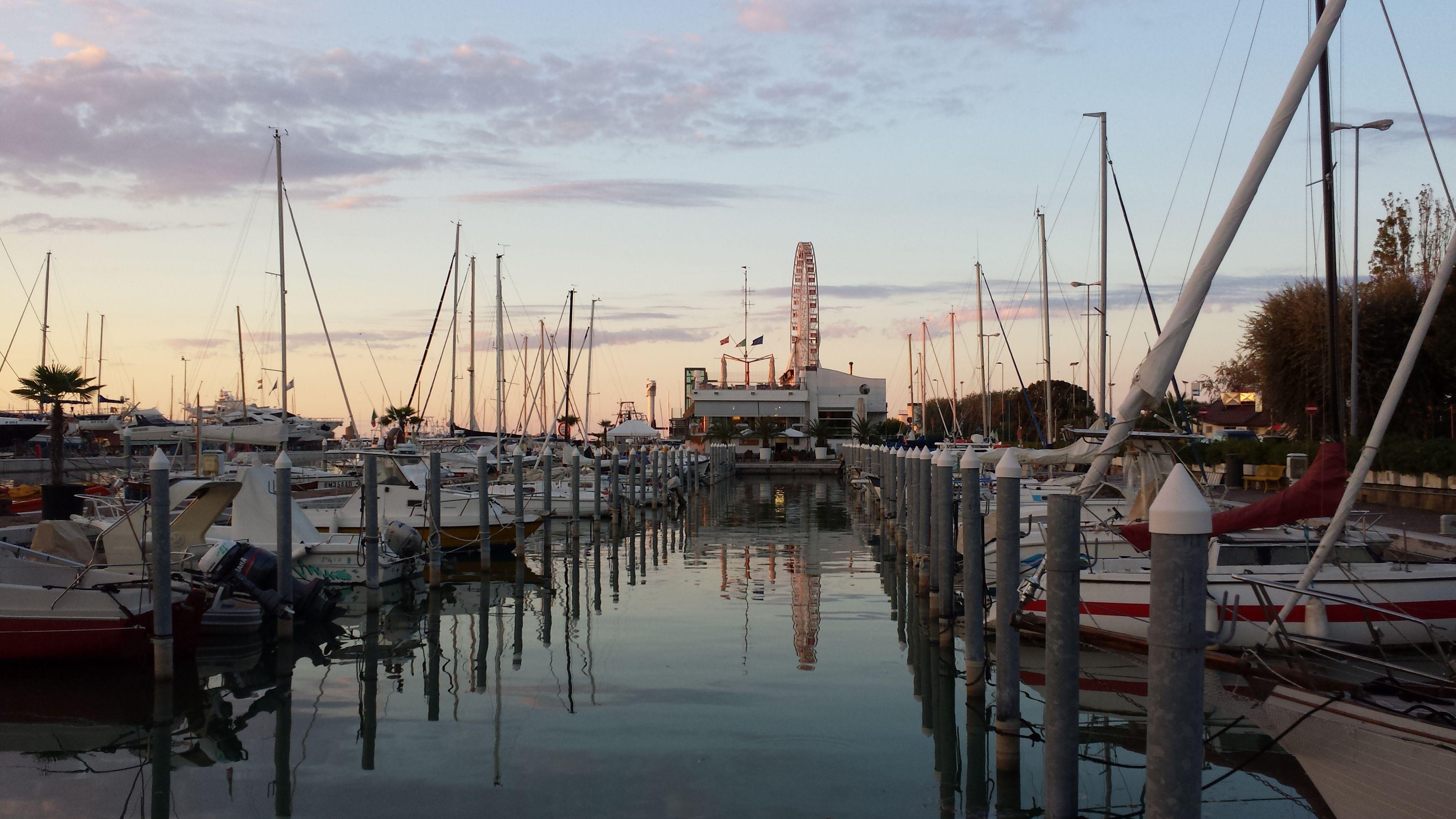 L Ora Del Tramonto Al Porto Di Rimini Sunset At The Port Of