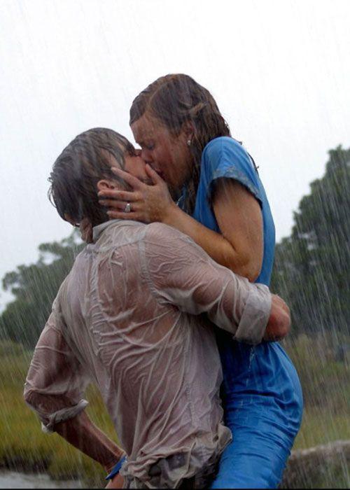Картинки по запросу Allie Hamilton and Noah Calhoun in The Notebook rain kiss