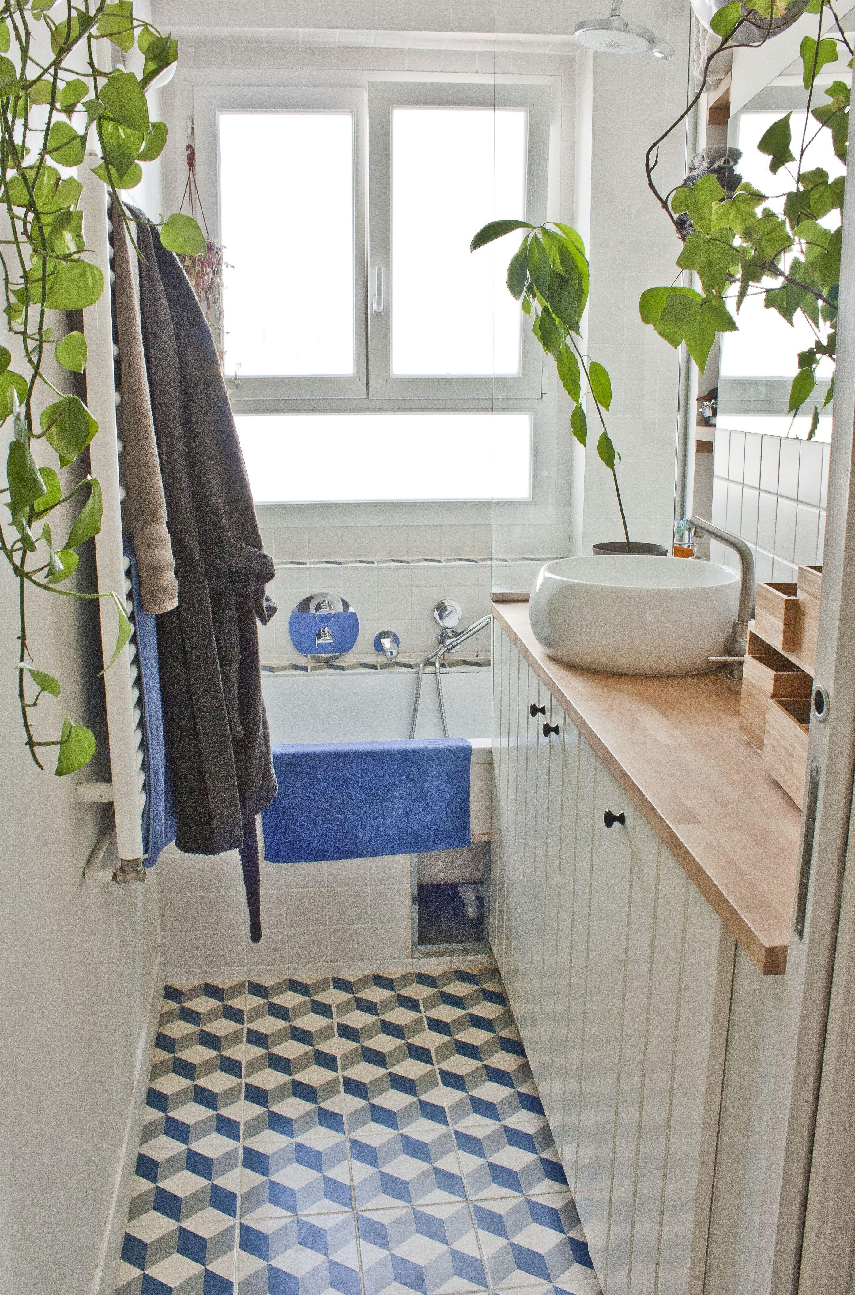 A Small Renovated Paris Flat Features Film Set Finds Paris Flat Master Bathroom Shower Amazing Bathrooms