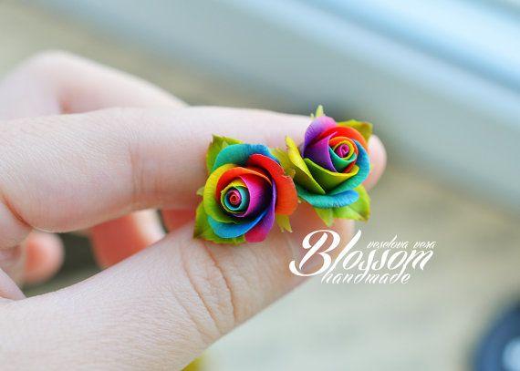 Rainbow rose stud earrings, Rainbow roses jewelry, Tie dye rose, Tie dye wedding, Multicolor wedding, Free love jewelry #rainbowroses