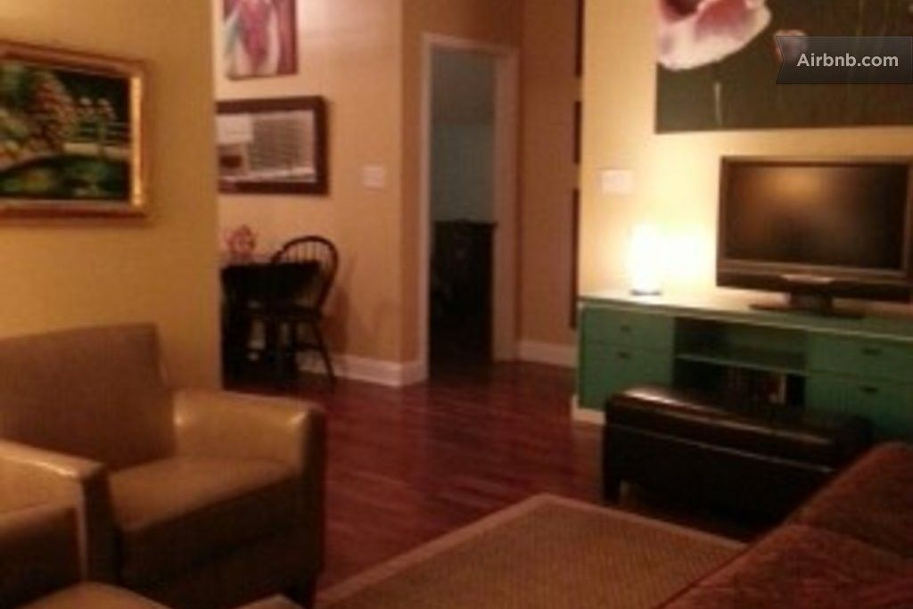 Creole Attic Perfect For 4 Guests In New Orleans Apartments For Rent Apartment New Orleans