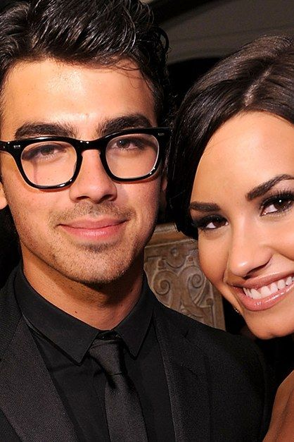 d6ab83a7d0 Demi Lovato Shows Exactly How to Wish Your Ex a Happy Birthday ...