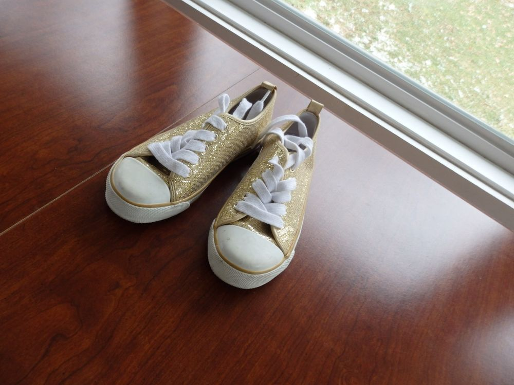 Girls Childs Size 13 By Old Navy Gold Tennis Shoes Wedding