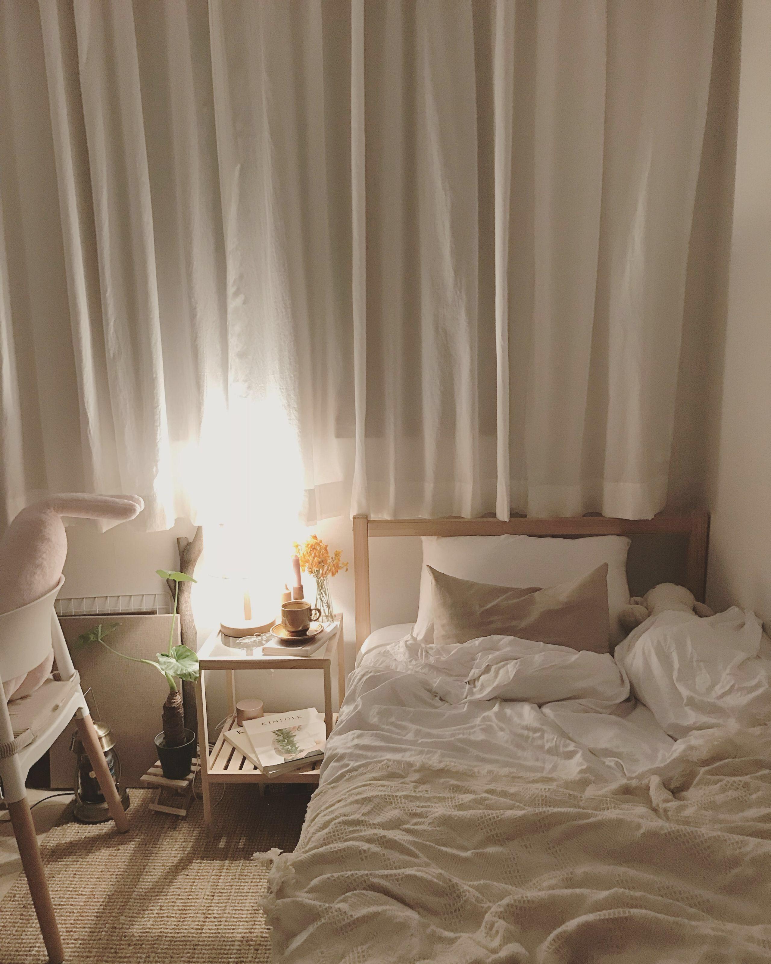 Simple Neutral Modern Bedroom Decor Homedecor Small Room Bedroom Bedroom Design Minimalist Bedroom