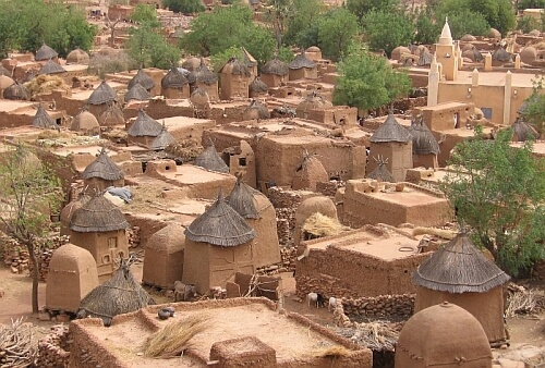 The August issue of Perceptive Travel online magazine features stories from the Dogon villages of Mali, Gurun in eastern Turkey, and the island of West Papu. #travelling #tourism #mali #travelmali #malitourism #malitour #visitmali #africa #travelafrica #africatourism