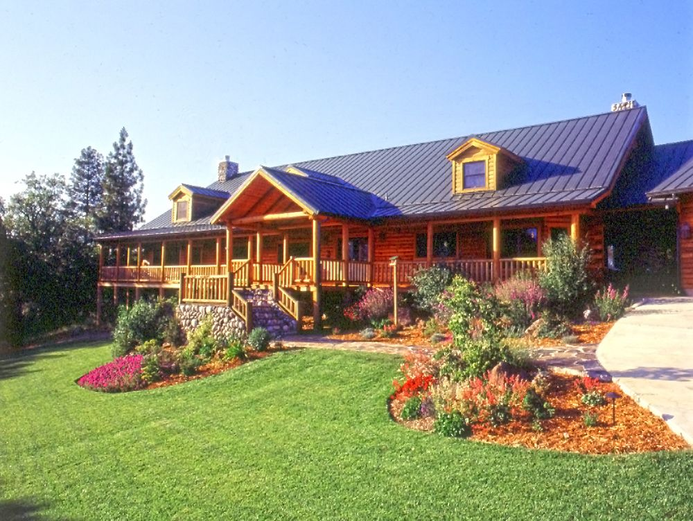 Log cabin landscaping landscaping for easy log home for Simple country log homes