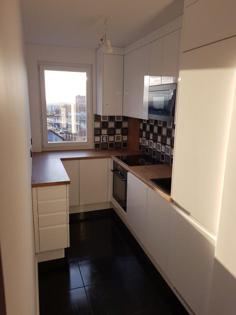 Kuchnia W Bloku In 2020 White Kitchen Kitchen Home Decor