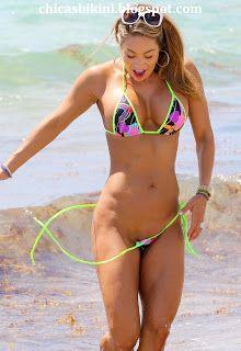 Mujeres famosas en bikini